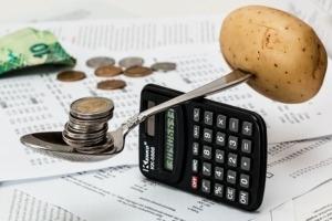 balancing coins-1015125__480